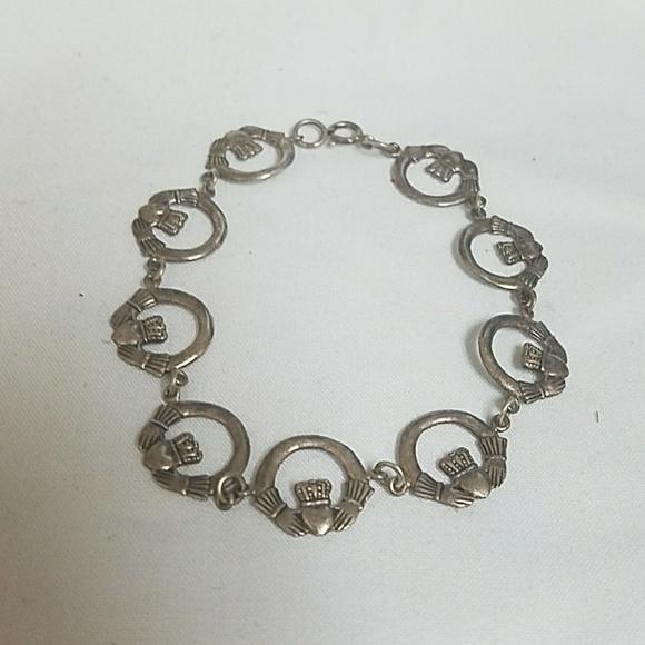 9f96982d78f1c Lovely claddagh bracelet